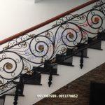 Cầu thang sắt 20